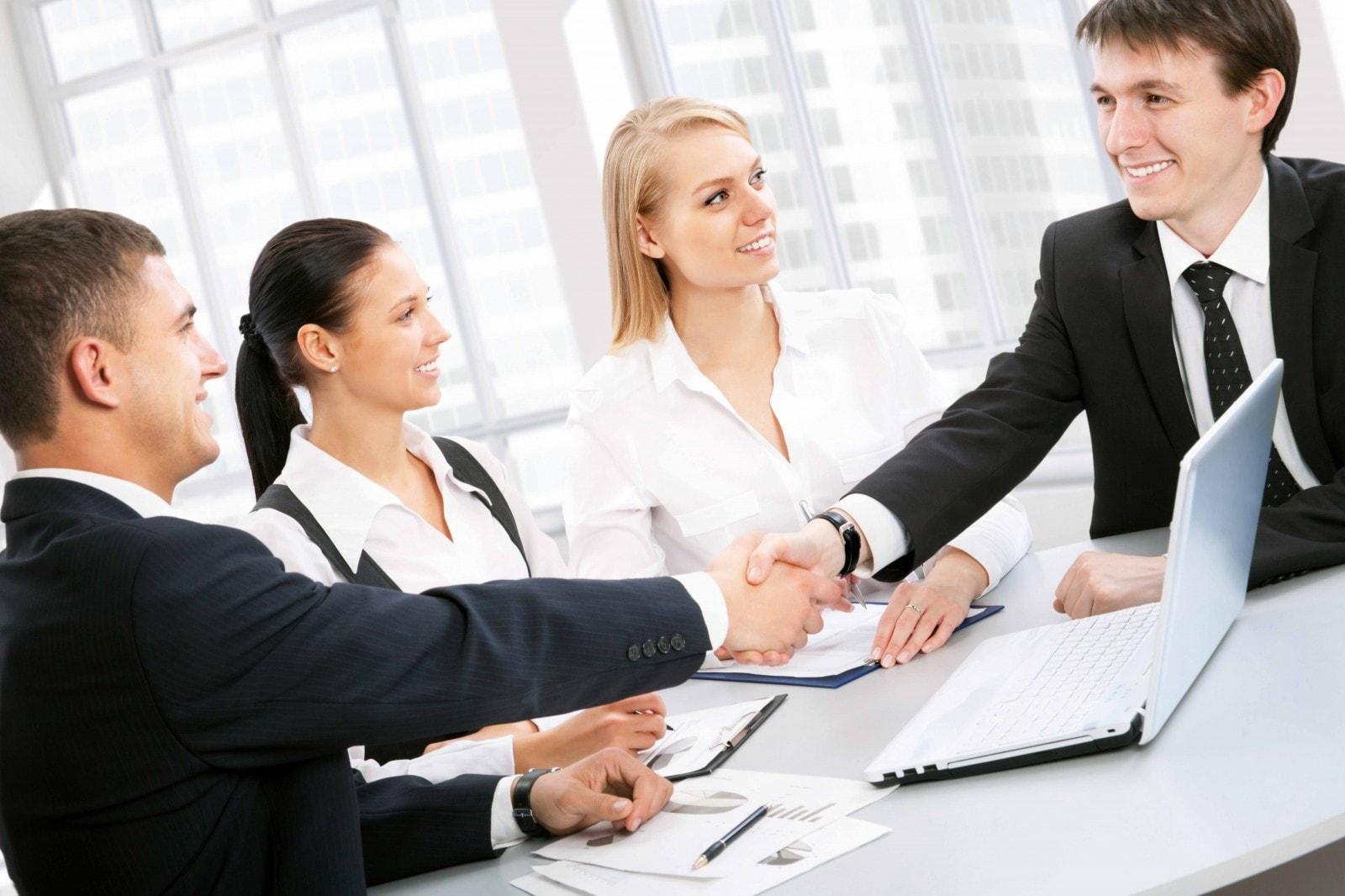 услуги по сопровождению сделок с недвижимостью